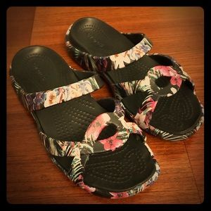 NEW! Women's Croc Melee Twist, Tropical